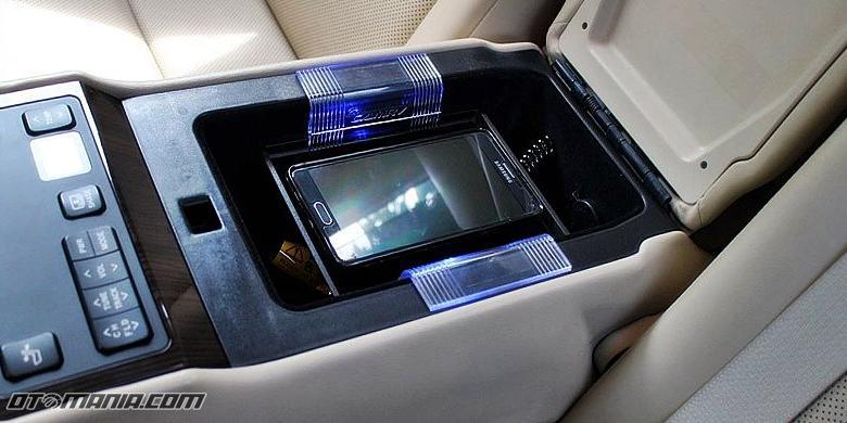 Canggihnya Teknologi di Kabin New Toyota Camry1 - Teknologi di Kabin New Toyota Camry Begitu Canggih