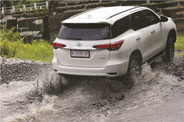 Fortuner5 - Killer Toyota All New Fortuner