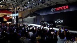 Voxy mendapat respons yang positif di Indonesia 300x168 - Toyota Voxy Mendapat Respons Positif di Indonesia