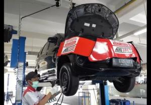 Agung Punya Trik Tersendiri Memanjakan Konsumen 300x209 - Toyota Punya Trik Tersendiri Memanjakan Konsumen
