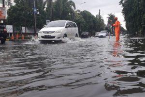 Toyota Layani Konsumen yang Terkena Banjir 300x200 - Toyota Layani Konsumen yang Terkena Banjir